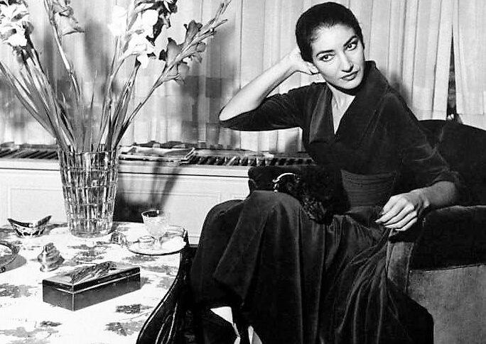 Maria Callas elegante